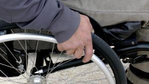 inteligentne instalacje pomocą dla osób niepełnosprawnych